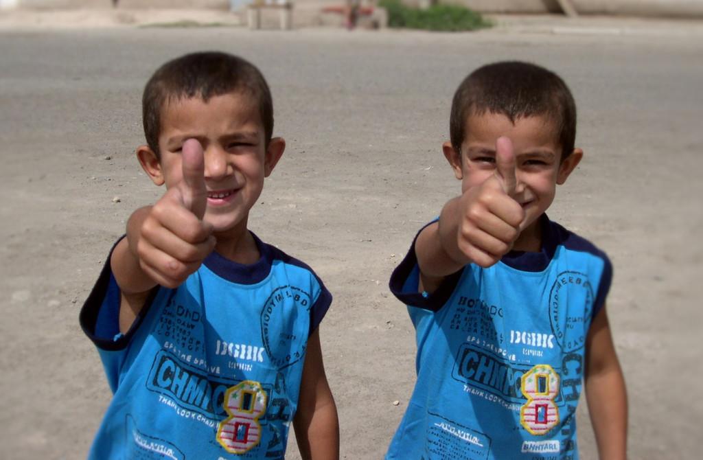 Enfants_jumeaux_de_Khiva_cropped