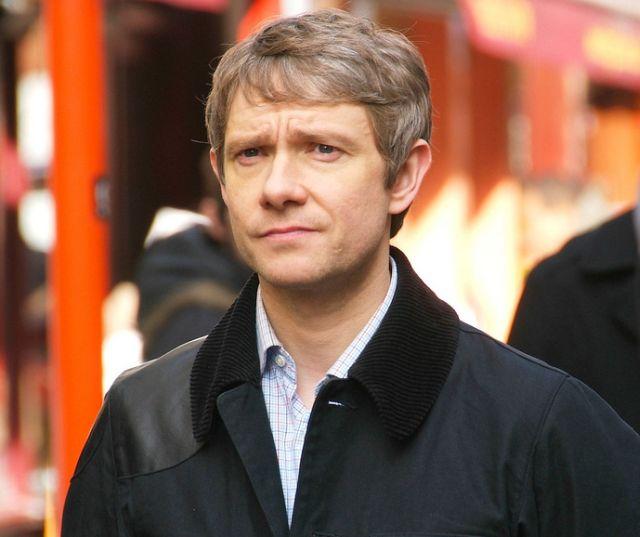 Martin_Freeman_filming_Sherlock_cropped2